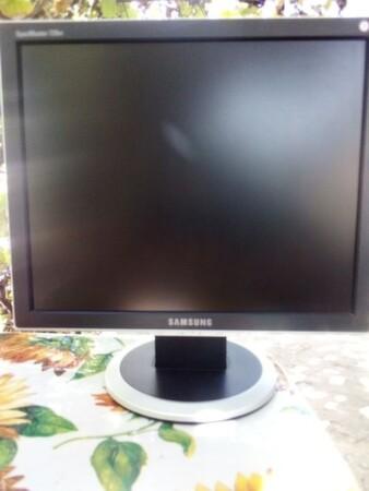 Монитор Samsung SynkMaster. 730BF - Кременчуг, Полтавская область